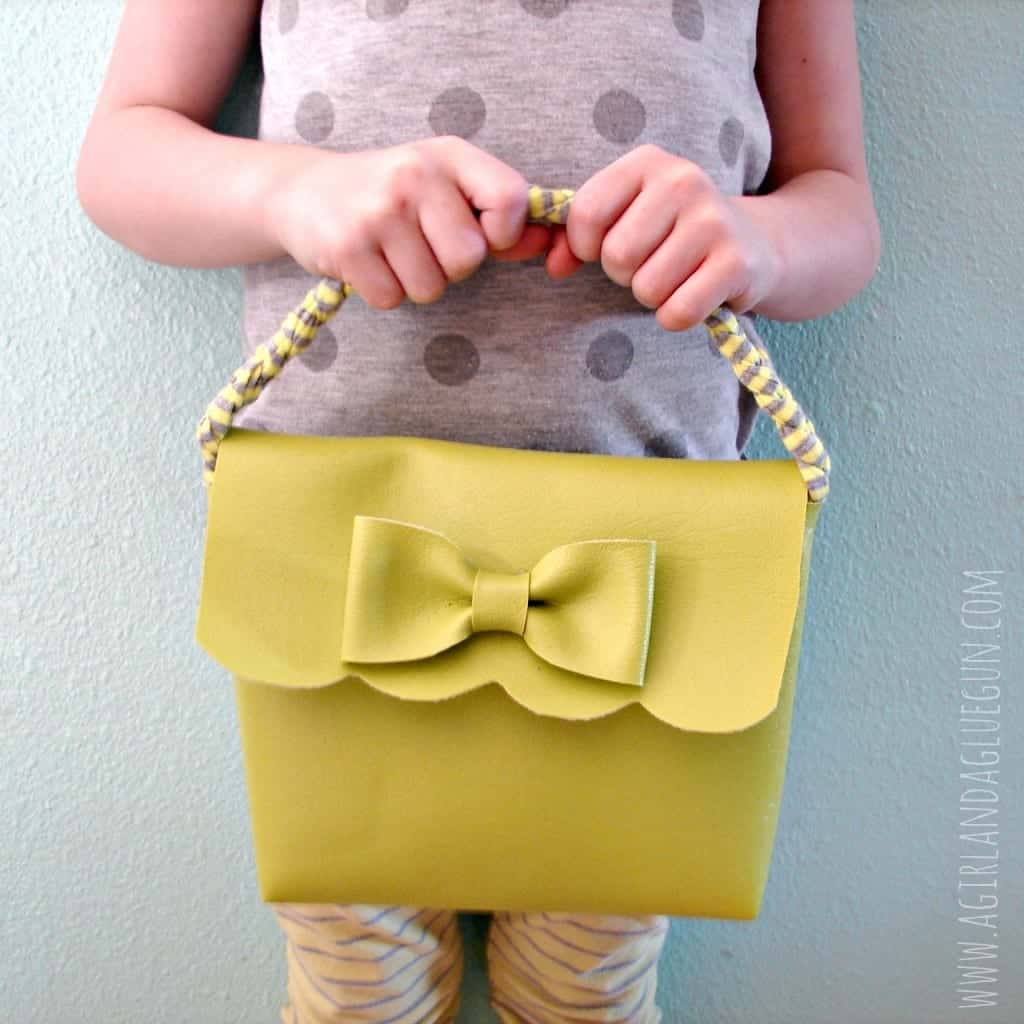 vinyl purse