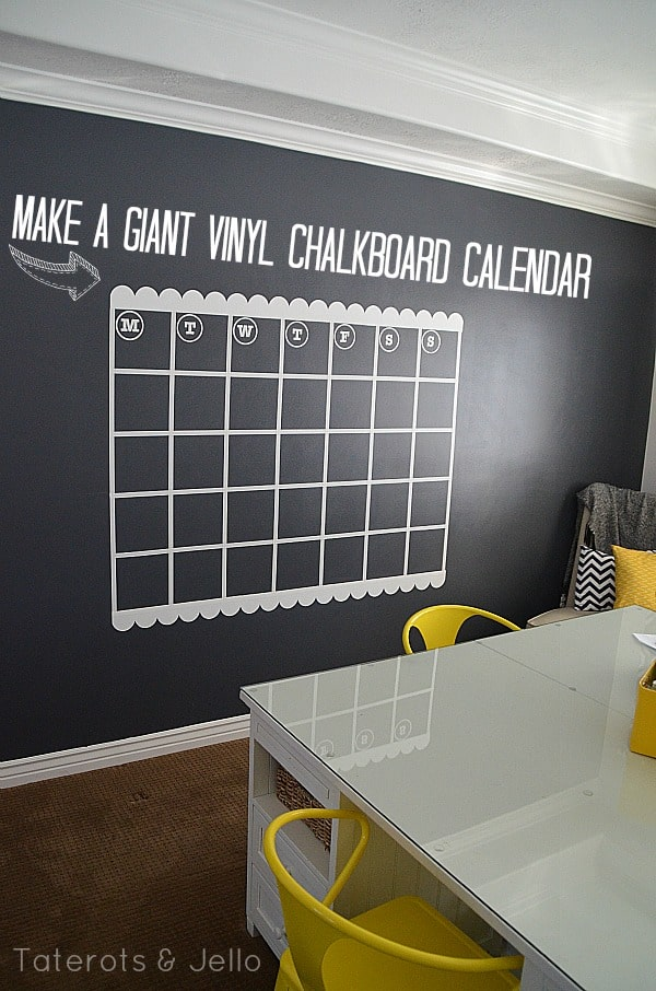 giant-vinyl-chalkboard-calendar