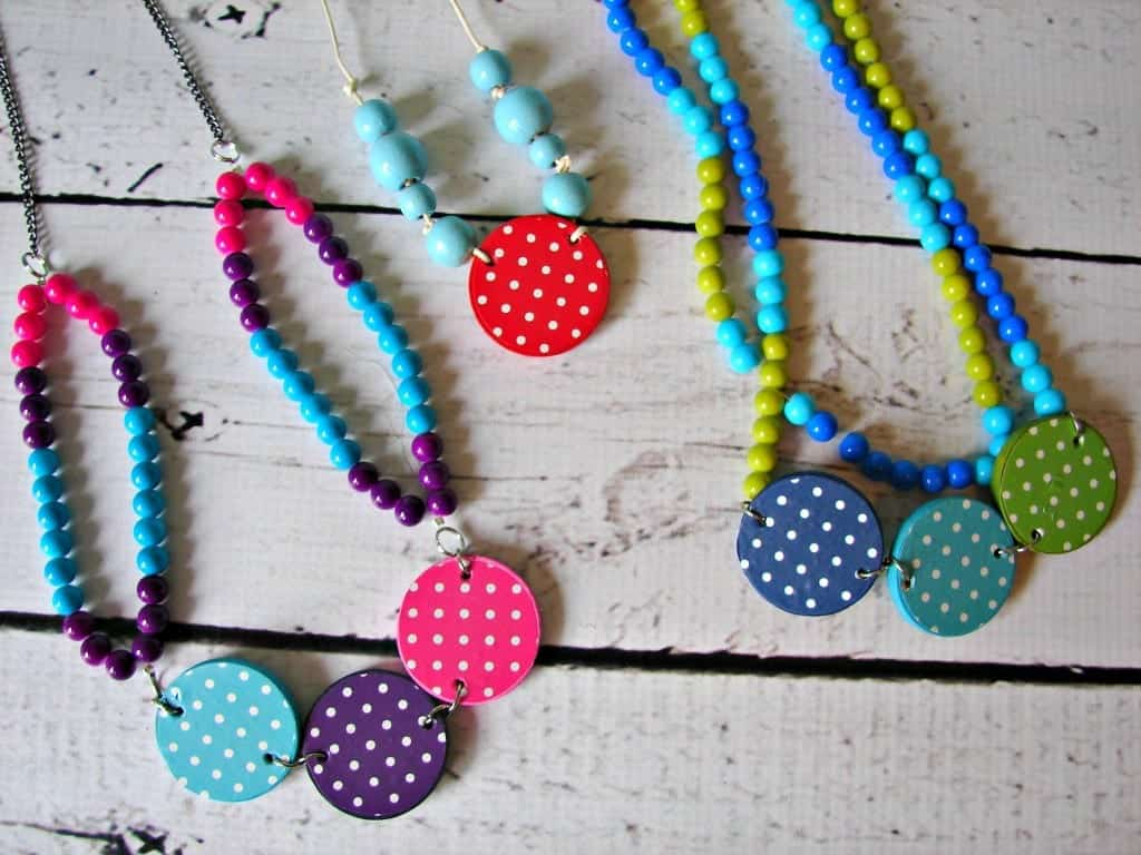 necklaces b6