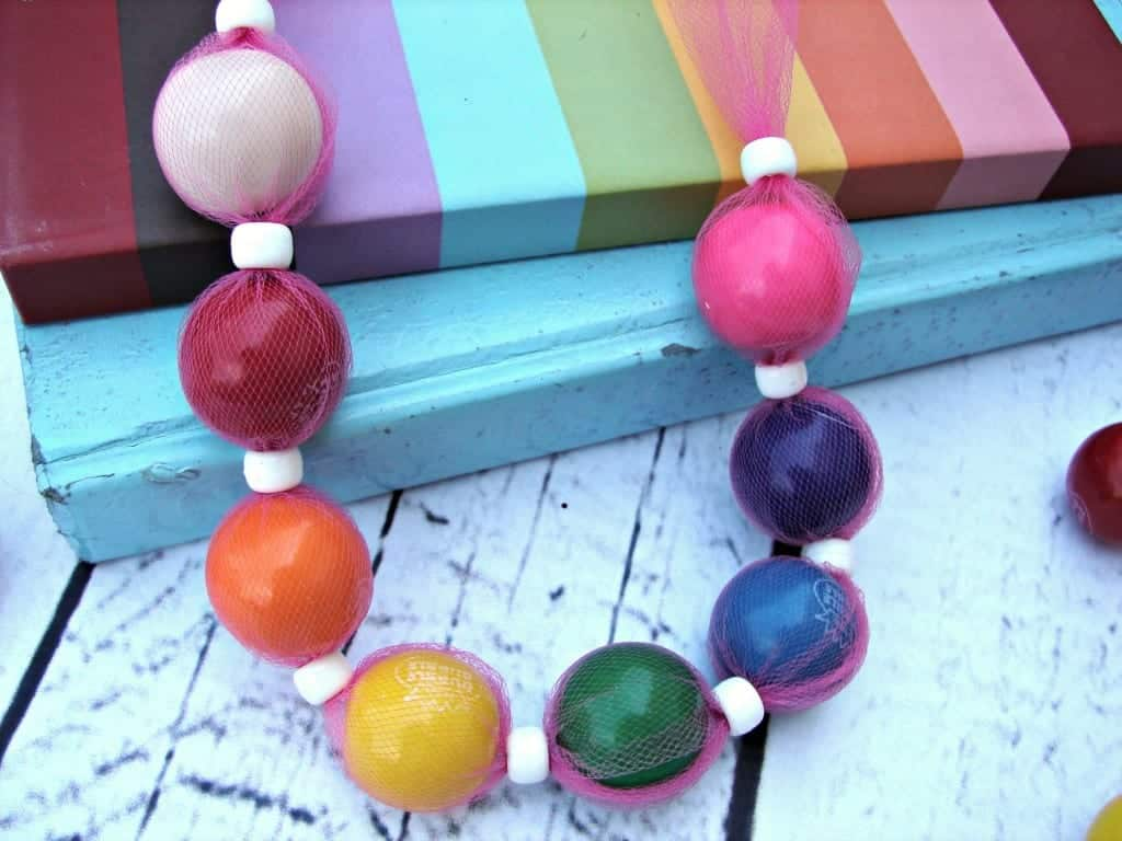 bubblegum necklace 3