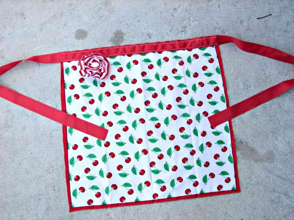 easy bandana apron