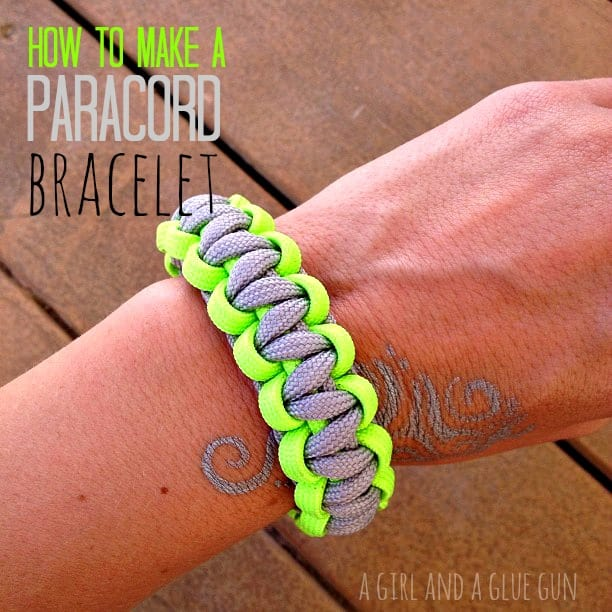 how to make paracord bracelets a girl and a glue gun