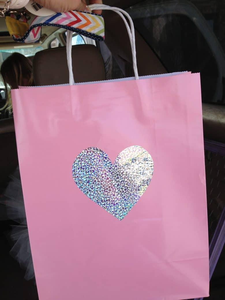 Decorate Plain Boring Bags A Girl And A Glue Gun