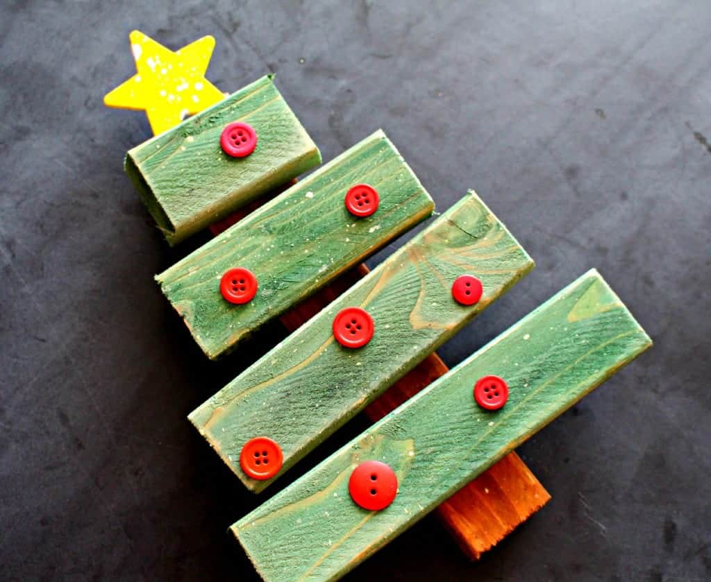 wooden christmas tree with buttons