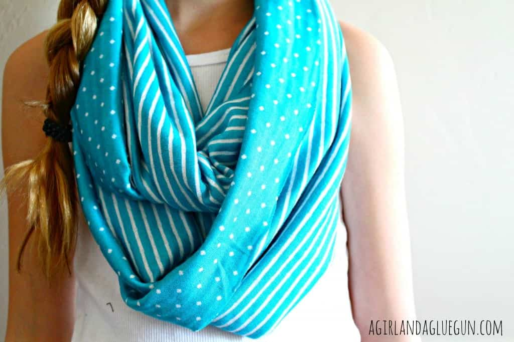 knit scarf blue