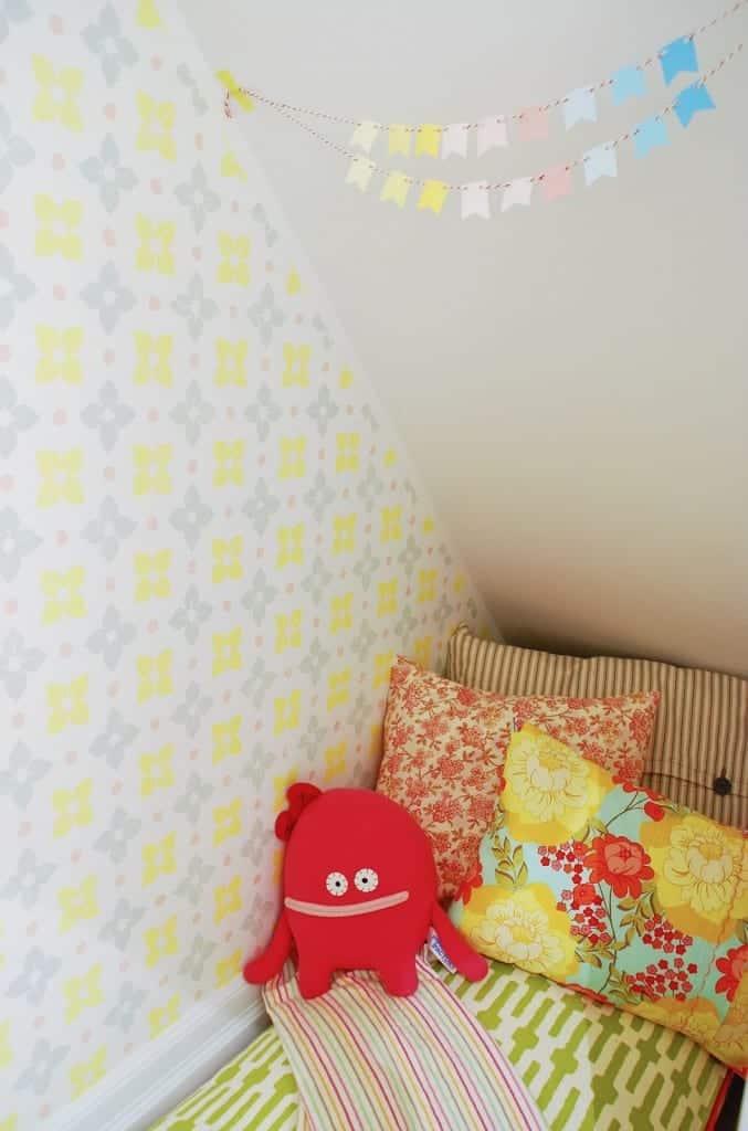 playhouse_under_stairs_8