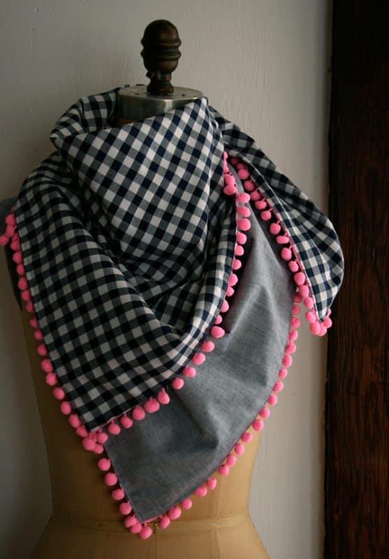 pom-pom-scarf-opener-600