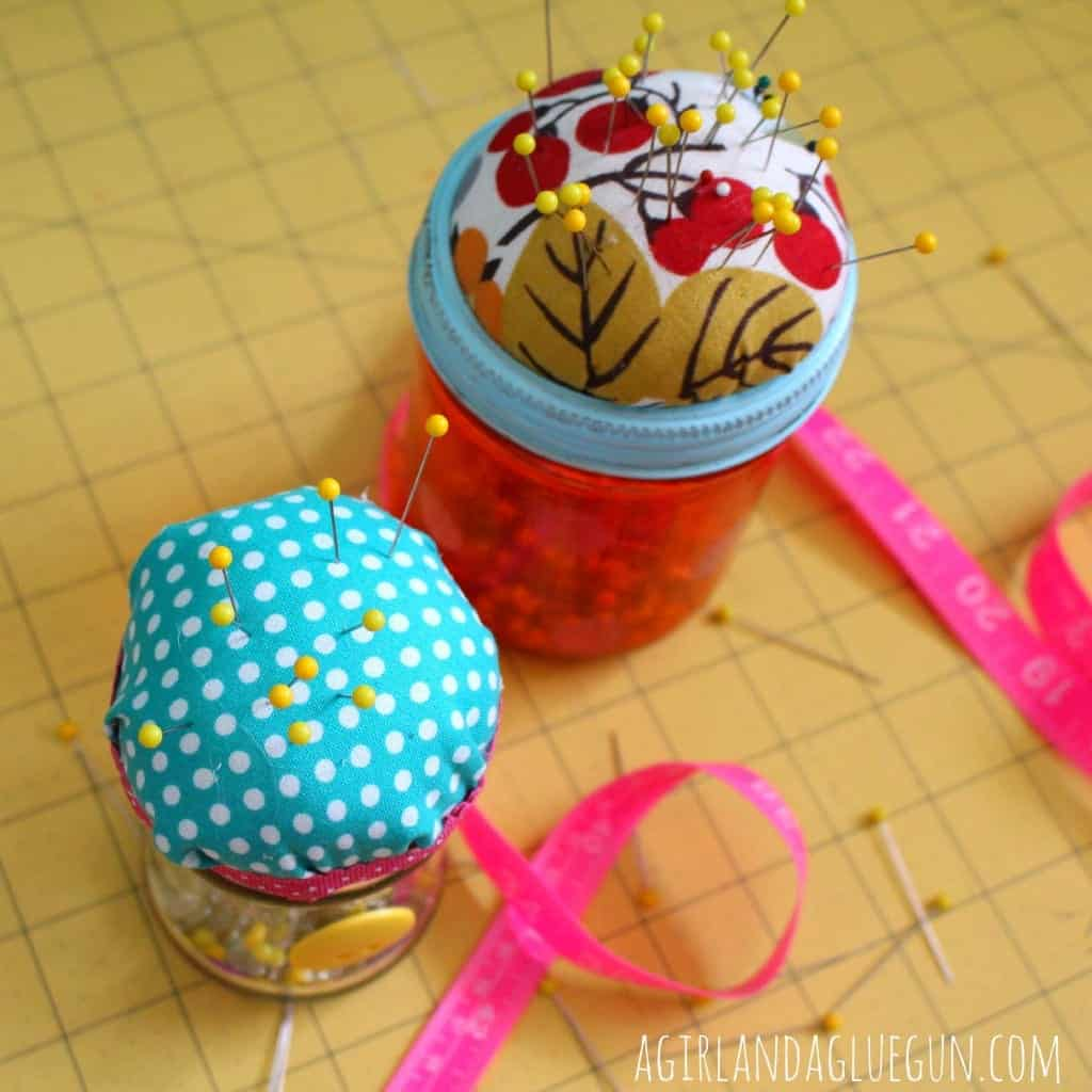 sewing jar for pins
