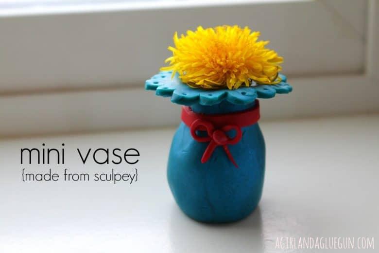 sculpey mini vase 4