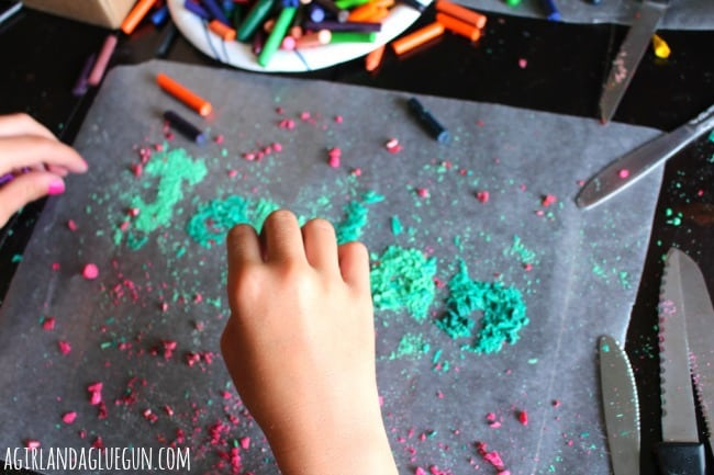 what to do with broken crayons