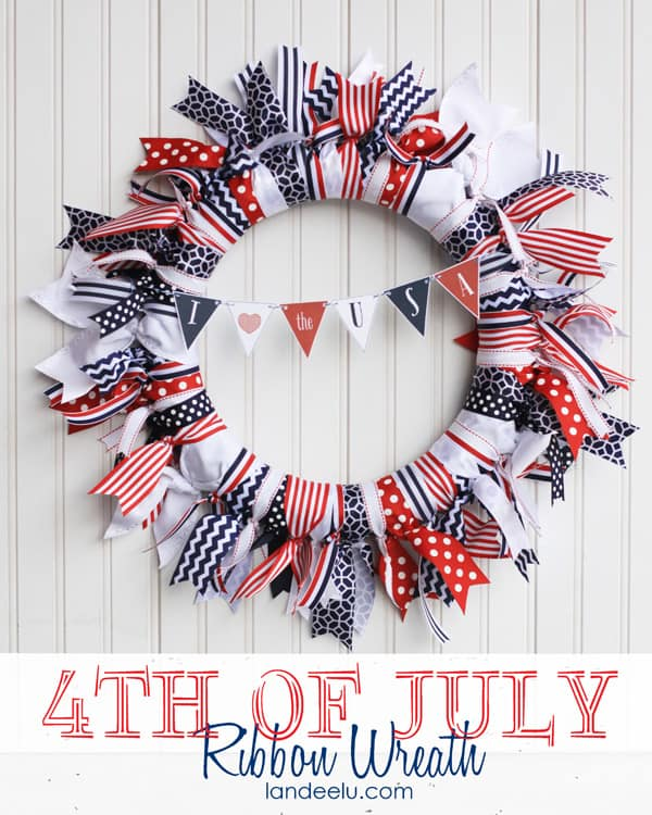 4th-of-July-Ribbon-Wreath-from-landeelu
