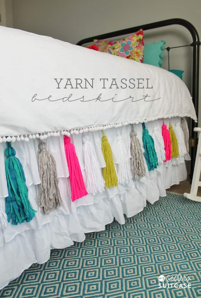 diy-yarn-tassel-bedskirt