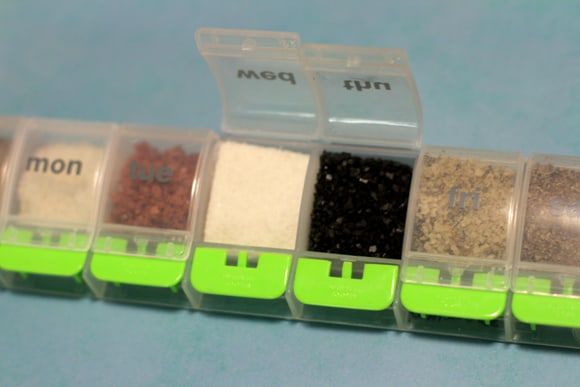gourmet-salt-container