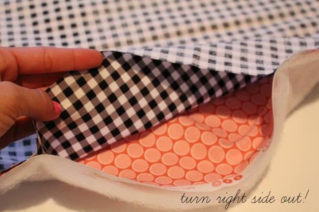 a girl and a glue gun--how to sew a messenger bag