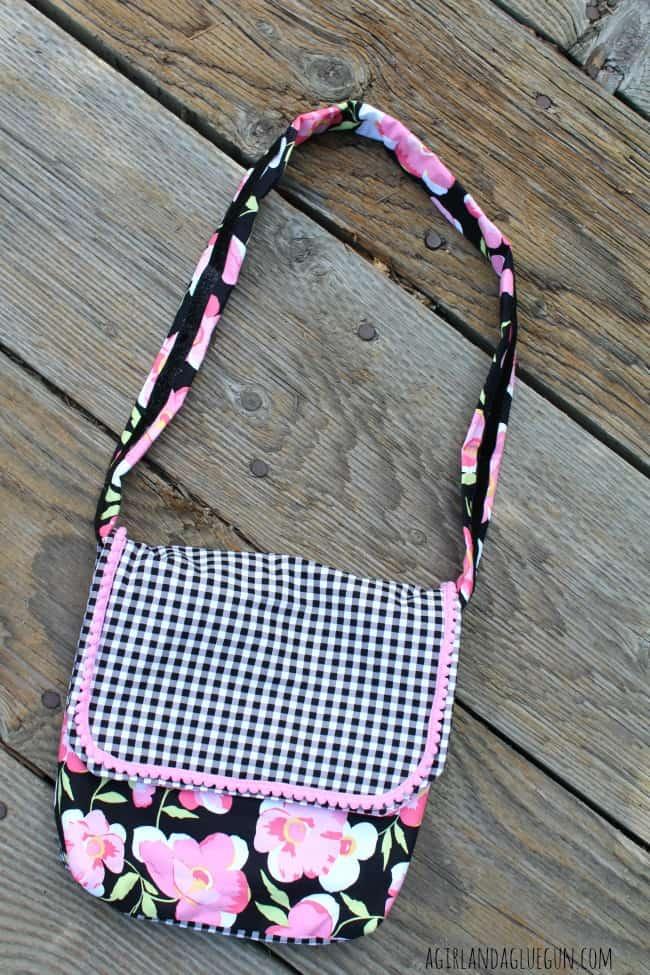 bag for ribbon retreat