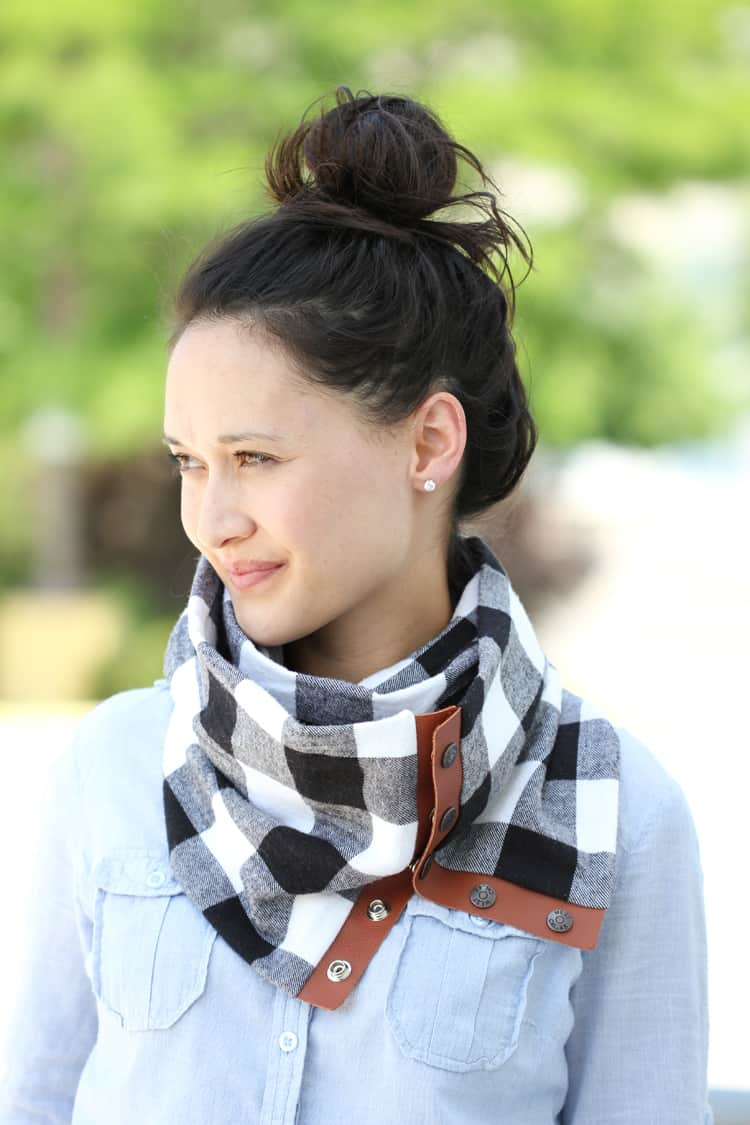 snap-scarf-final-34-of-520909