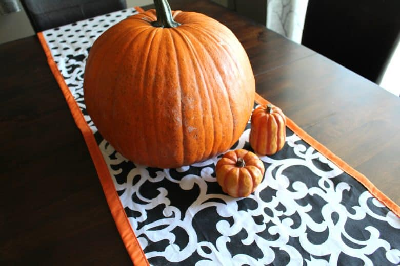 halloween stenciled decor with royal design studios a and