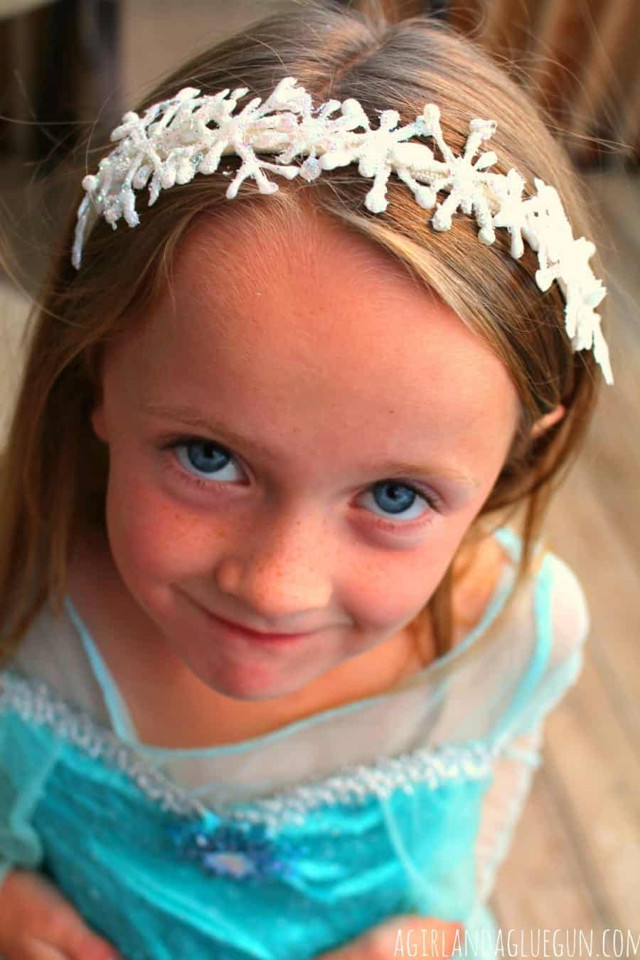 pretty elsa frozen costume with diy headband