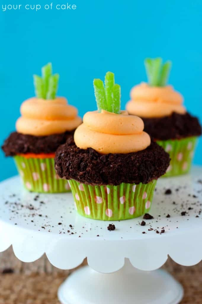 Carrot-Easter-Cupcakes-682x1024