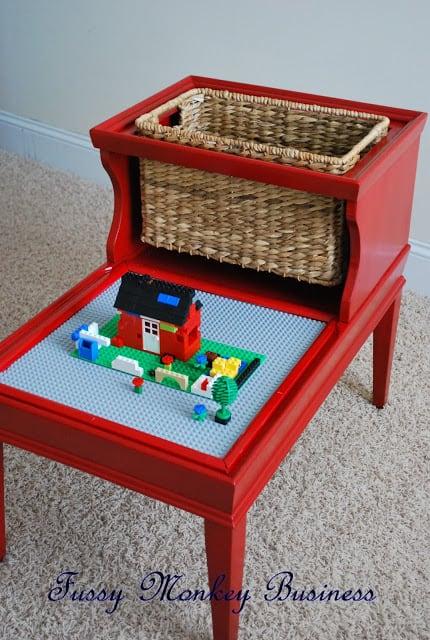 LEGO Table-1