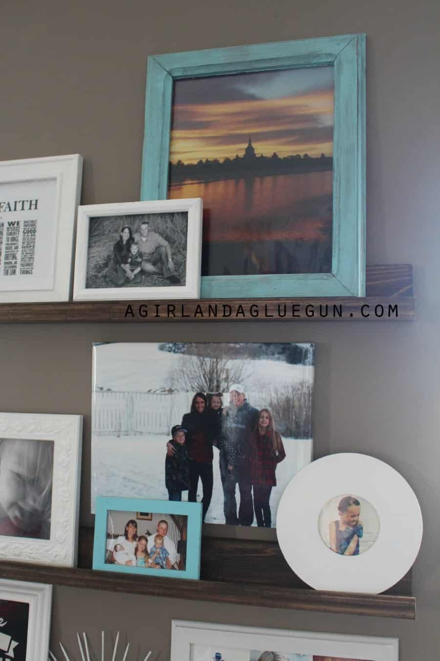 fun way to display your favorite family photos