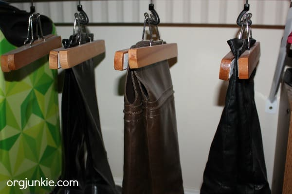 pant-hanger-boot-storage