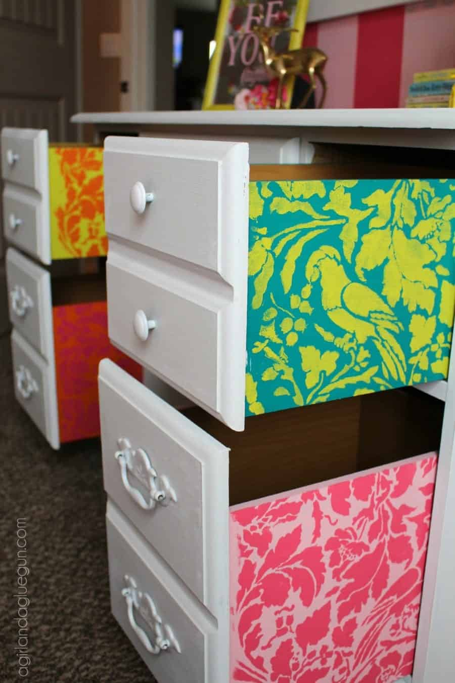 pop of fun color on the inside drawers of a desk