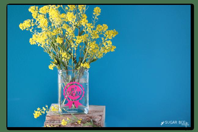 vinyl-vase-gift-idea