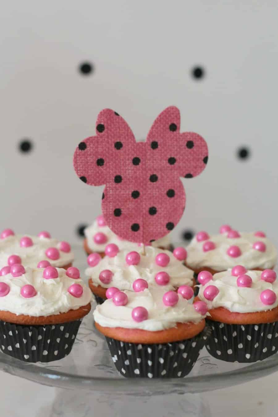 cupcake minnie topper
