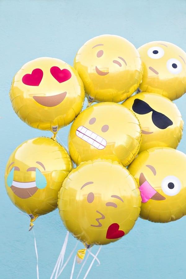 DIY-Emoji-Balloons7-600x900