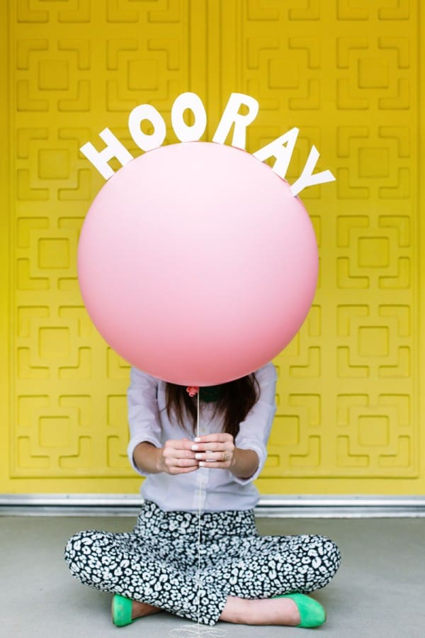 DIY-Pop-Up-Message-Balloons1-600x900