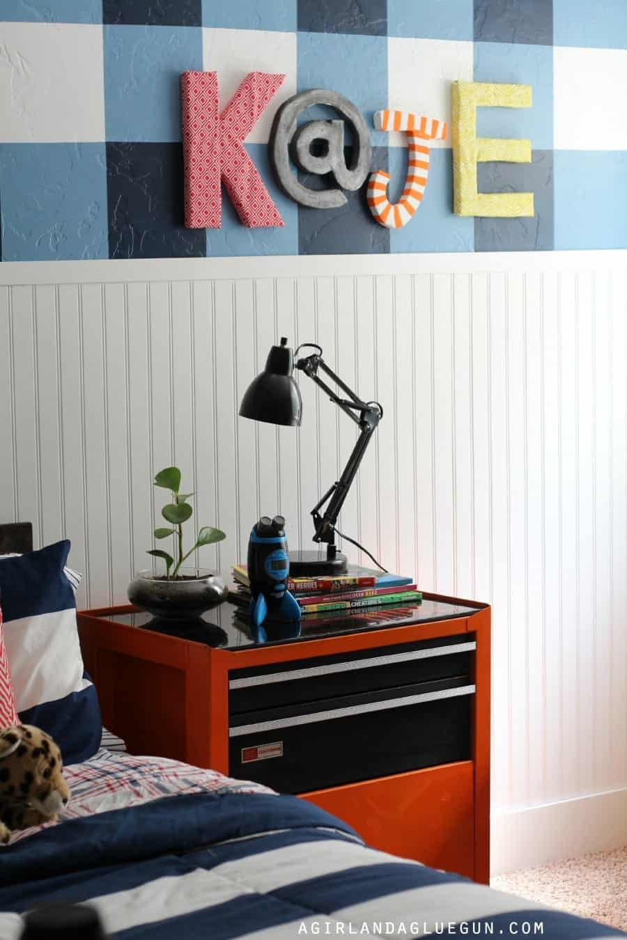fun kids room plaid wall