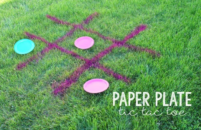 Paper Plate Tic Tac Toe! 5 easy and fun games to play with Paper Plates! Great summer activities!