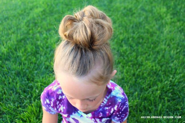 easy messy bun for little girls