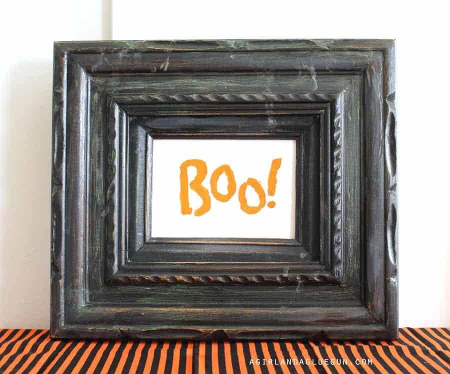 boo black frame