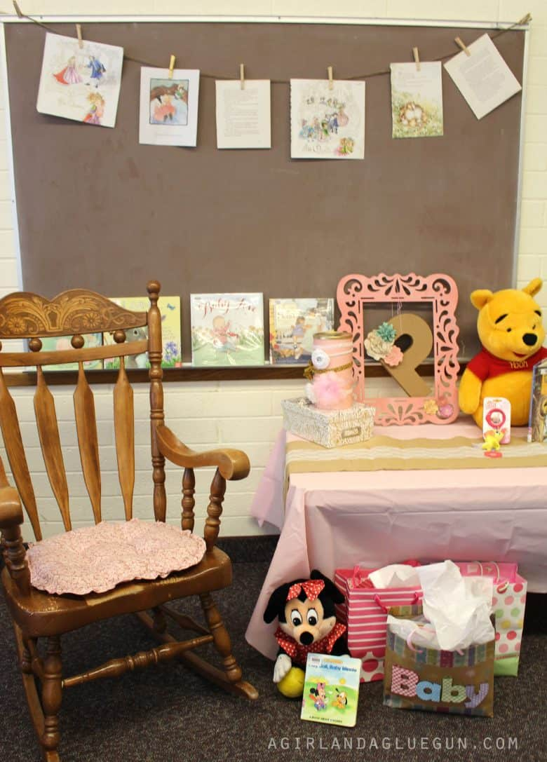 Book themed Baby shower A girl and a glue gun