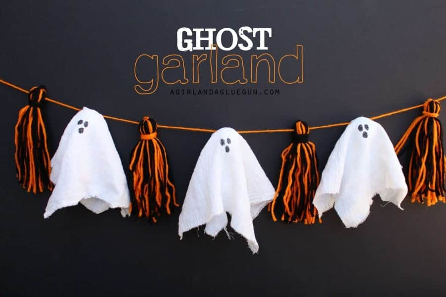 ghost garland with pom pom