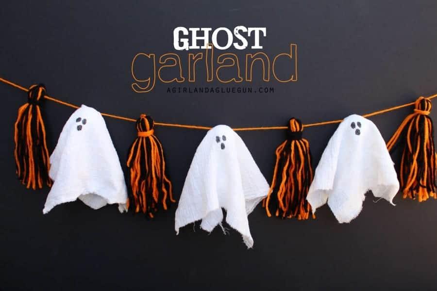 ghost garland with pom pom