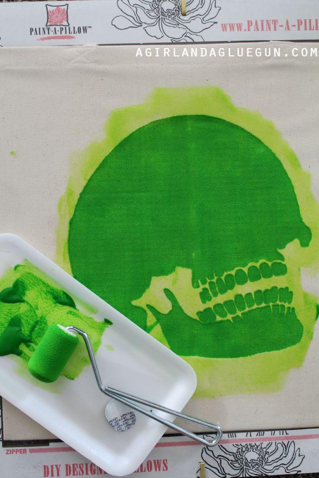 paint on skull