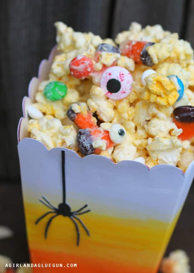 white chocolate popcorn halloween treat