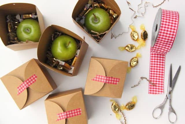 Apples-and-Caramels-Gift-Idea1