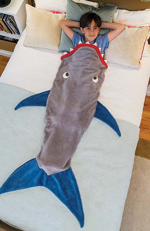 blankie-tails-shark-blanket-for-kids_zpsro2rsafw