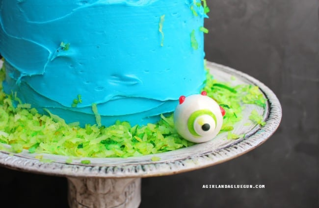 cake with eyeballs for Halloween