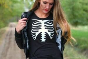 Skeleton shirt with glow in the dark vinyl (and GIVEAWAY!)