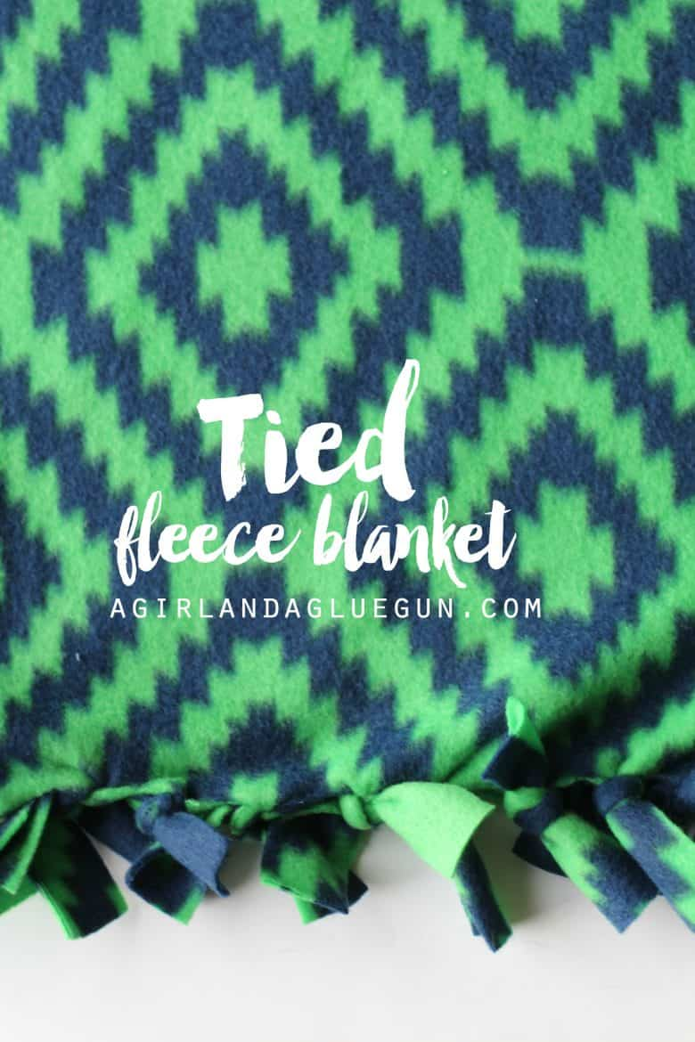 Everything you ever wanted to know about making fleece blankets ... : tied fleece quilt - Adamdwight.com