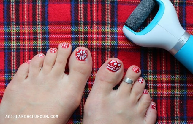 christmas toenail ideas