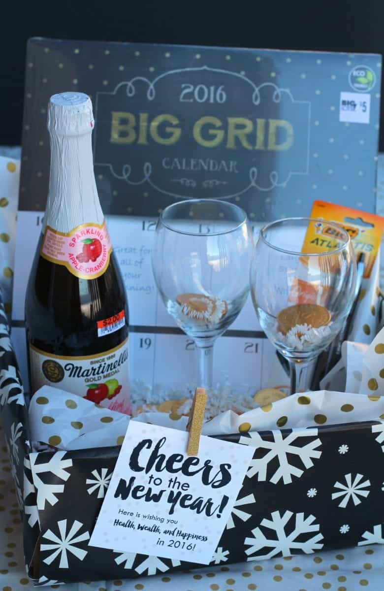 4 fun and easy gift basket ideas for christmas a girl and a glue gun. Black Bedroom Furniture Sets. Home Design Ideas