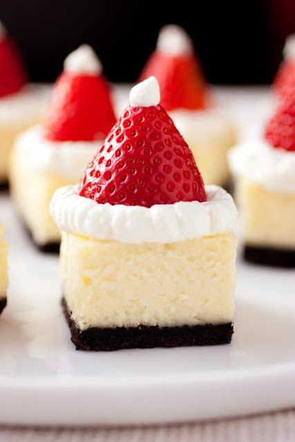 santa+hat+cheesecake12