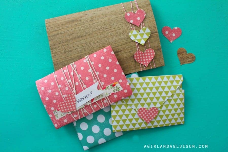 cute diy for Valentines day--heart envelopes!