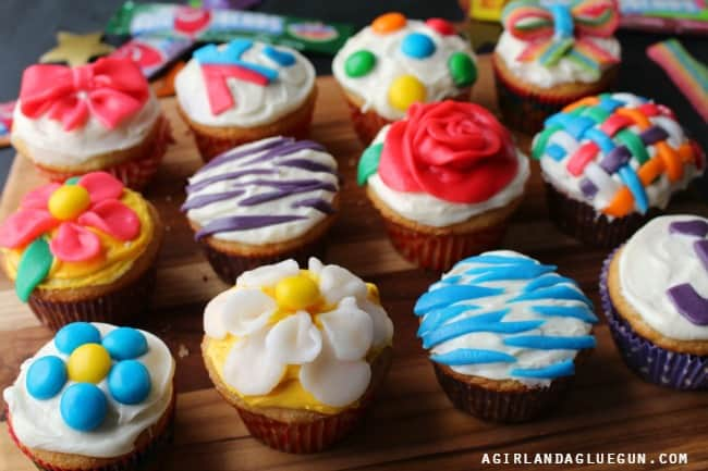 Cake Decorated With Cupcakes : decorating cupcakes - 28 images - carlton 187 archive 187 ...